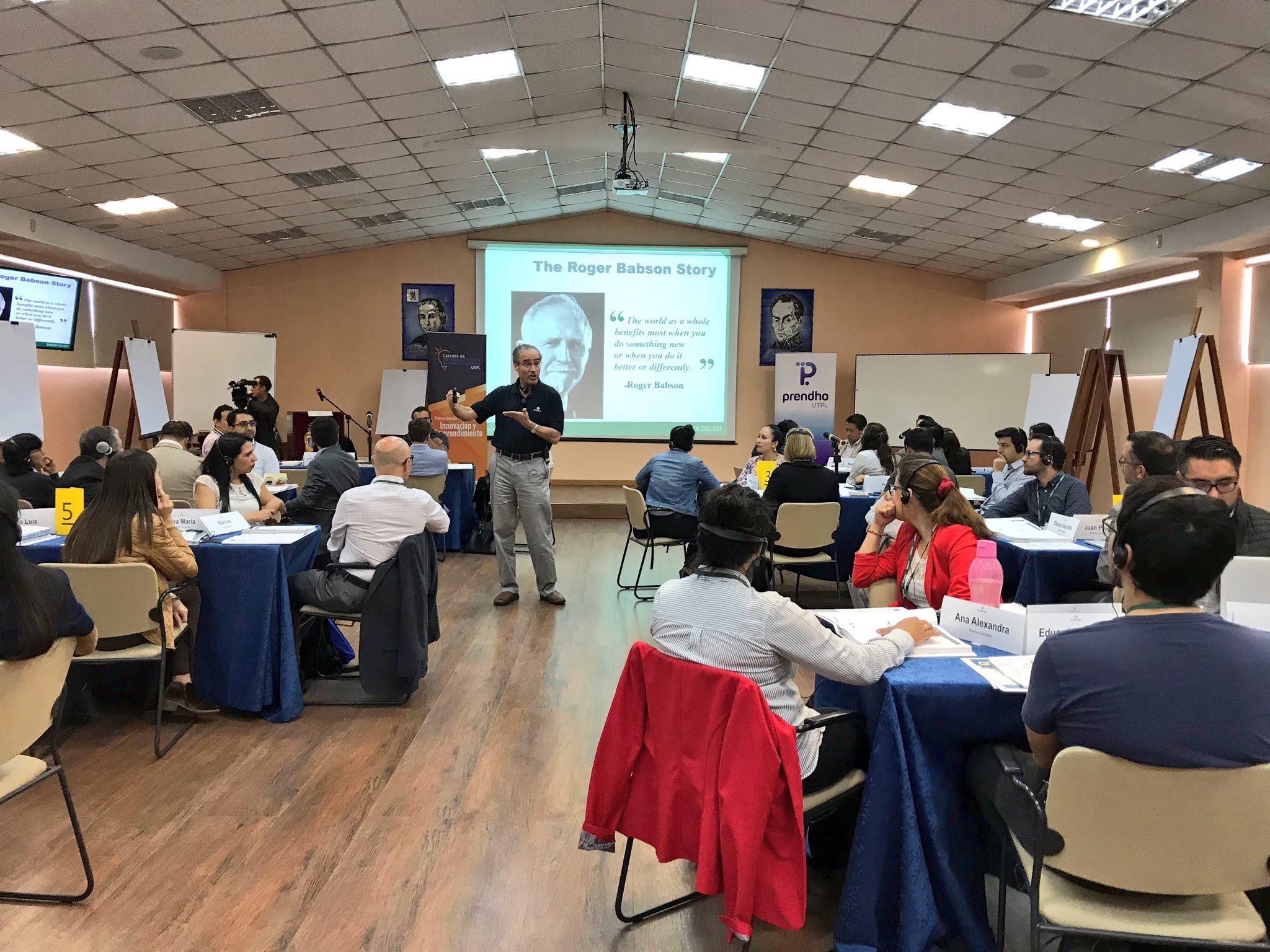 Prendho y UTPL crean una nueva alianza estratégica con Babson College.
